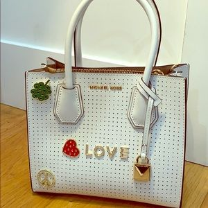 Michael Kors White Tote/shoulder bag